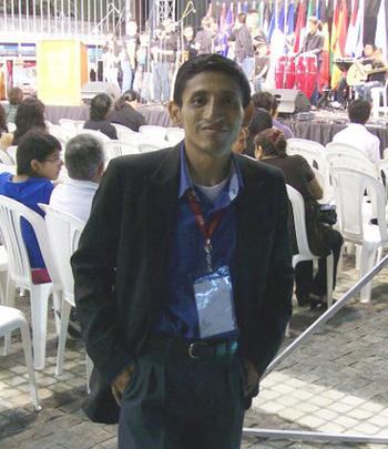 Peter Chávez, escritor.