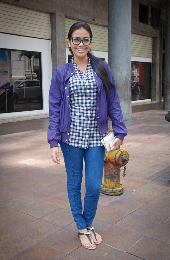 Génesis Jaime, 25 años, asistente en la Prefectura del Guayas