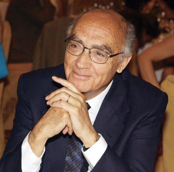 José Saramago (1922-2010), escritor y dramaturgo portugués.