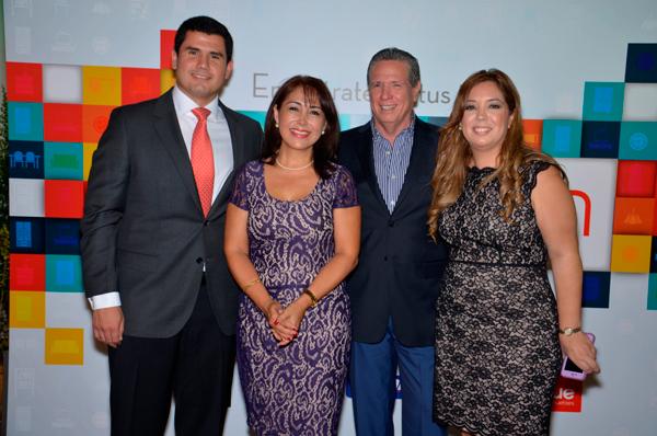 En La Apertura Alejandro Orrantia Presidente Del Directorio Gina Vega Gerente Home Xavier Miembro Y Susana