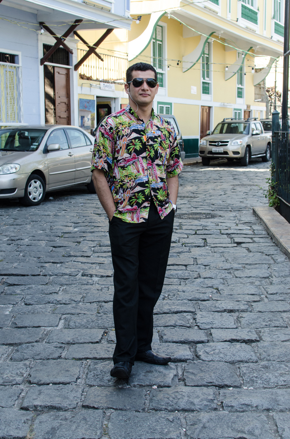 Luis Alfredo Rivas, bartender, 30 años