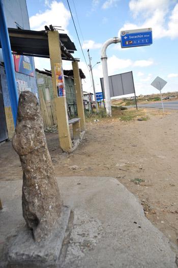 En Buenos Aires, poblado desde el cual se ingresa a la comuna Sacachún, existe u