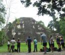 Mundo Perdido. Tikal es el sitio excavado más grande del continente americano.