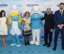 El equipo Demi Lovato (i) , Mandy Patinkin, Kelly Asbury (director) y Joe Mangan