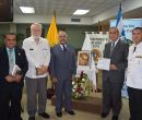 En la foto, desde la izquierda: Eduardo Villacrés Manzano.