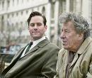 En El arte de la amistad: Armie Hammer (i) encarna a James Lord y Geoffrey Rush.