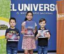 Ganadores Iván Bayas (i), Valeska Lozano y Mikael Revelly. Foto: Víctor Álvarez