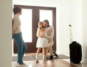 Lea sobre los procesos psíquicos del niño y la niña, descritos por Freud.