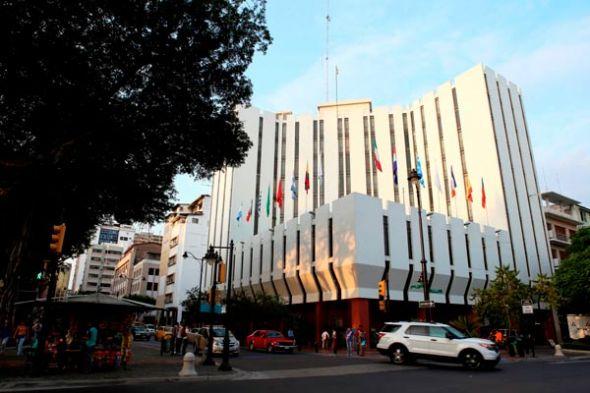 El hotel fue diseñado por el arquitecto Morris Lapidus, de Miami