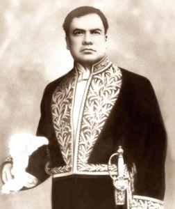 Rubén Darío, poeta nicaragüense creador de la corriente del modernismo.