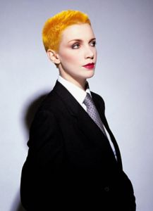 Annie Lennox integrante de Eurythmics.