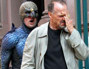 Realidad y ficción. Riggan (Michael Keaton) y Birdman, su álter ego.