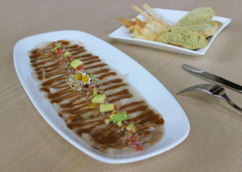 Tiradito manaba, especialidad del restaurante Alago.
