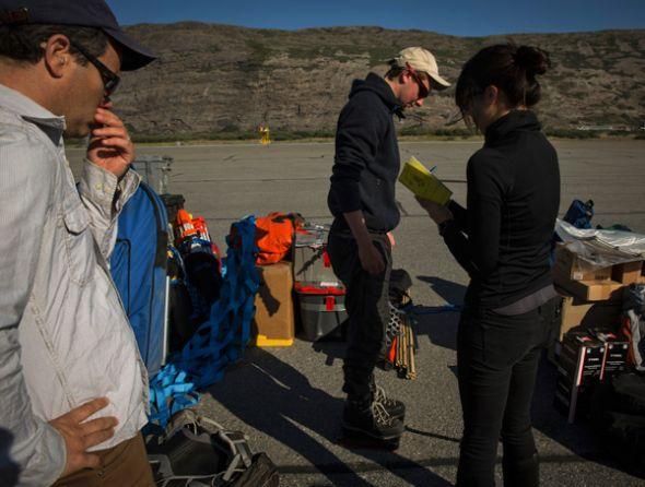 Parte del equipo de investigadores que monitorean Groelandia.