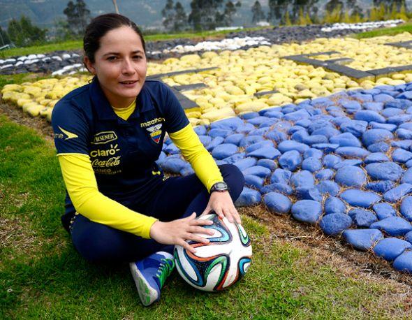 La DT quiteña Vanessa Arauz confía en el talento de sus jugadoras.