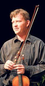 Iván Fabre, violinista.