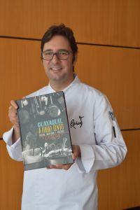 Santiago Granda, director del libro.