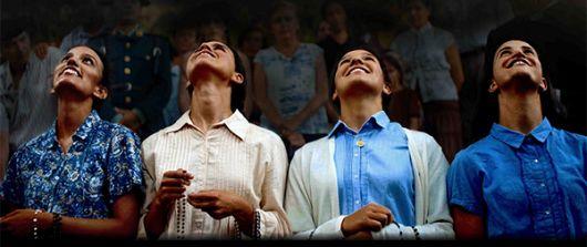 Escena de Garabandal, solo Dios sabe, con Conchita, Jacinta, Mari Loli.