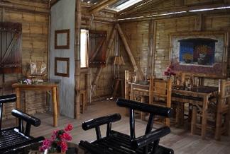 en relacin a la tradicional casa elevada de caa el actual diseo ha sido mejorado por lo cual es muy vistosa y adems sumamente fresca