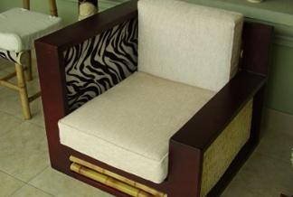 la caa guada no solo se utiliza para construir casas y puentes sino tambin en artesanas muebles objetos tiles y decorativos